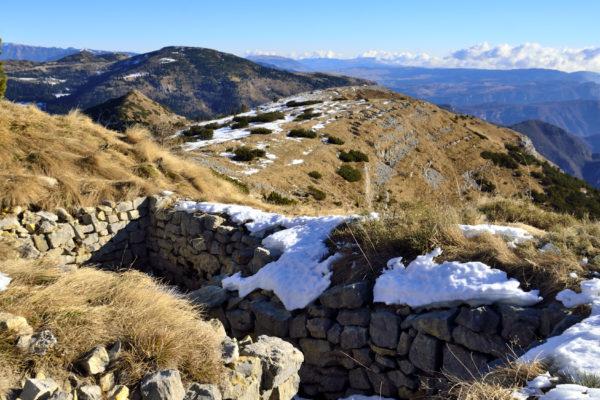Resti di guerra sul Monte Maggio