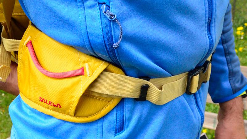 zaino con cintura ventrale porta materiale