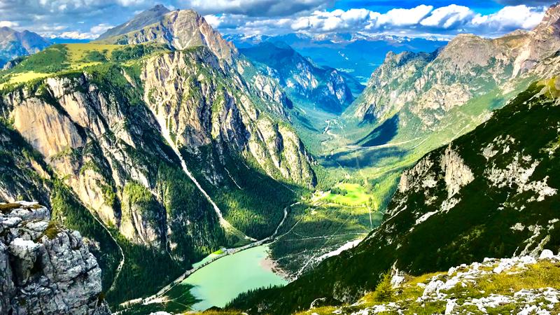 Lago di Landro visto da Monte Piana