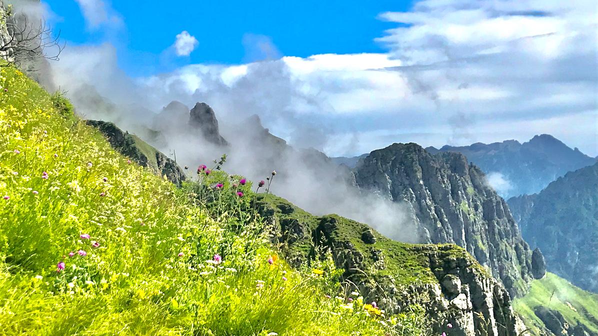panorami salendo al Monte Pavione